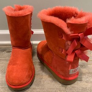 Red Bailey Bow Uggs